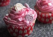 Love Heart Cupcake